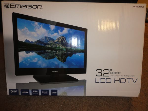 NEW EMERSON 32 LCD HDTV - $200 (NC)