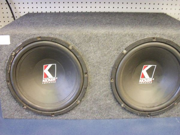 Kicker Impulse speaker - $65 (blanco-hildebrand)