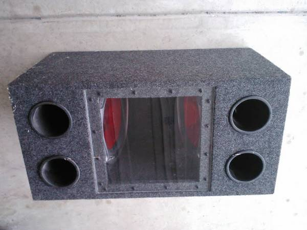2 speaker 12 Sony Xplod 1200 watts please call 915 329-2700  - $125 (1604  90)