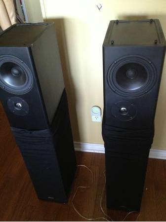 Definitive Technology BP10B Speakers (for home) - $500 (New Braunfels)
