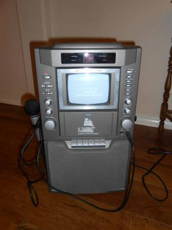 Karaoke Machine - $25 (Cibolo)