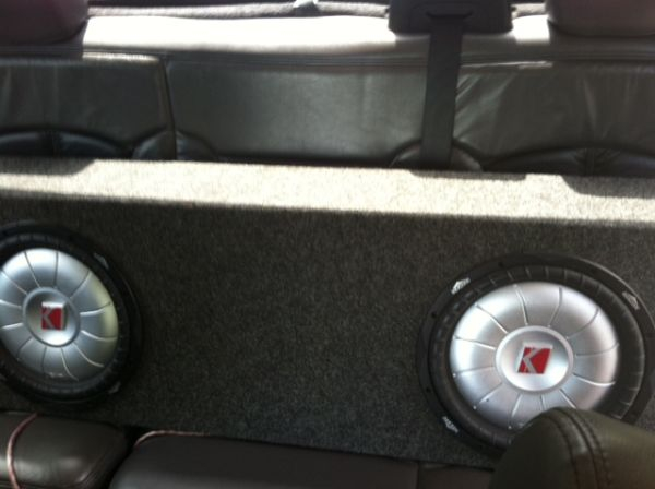 2 12 Kicker subs in box with (NE )