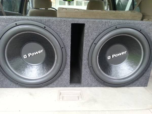 Two 15 Q Power Deluxe subs 3800 watt BOSS 2.0 farit capacitor - $400 (Windcrest, TX )