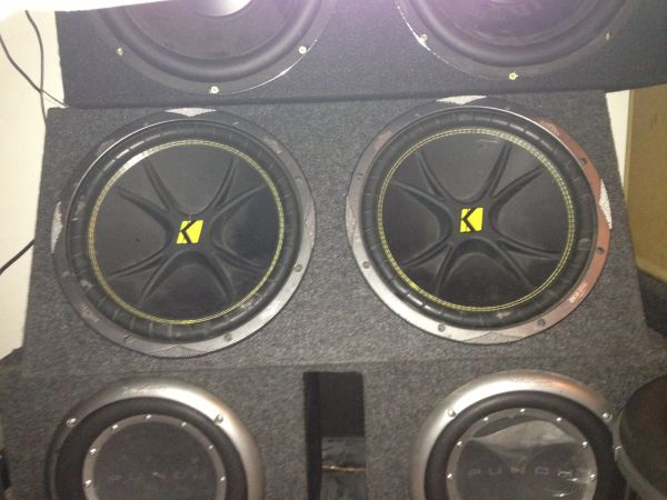 2 12 kicker comps subs - $110 (North east)