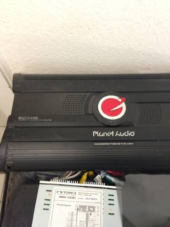 Planet Audio 3000 watt - $200 (Blanco rd)