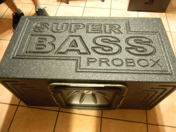 KICKER PROBOX for 15L7 - $1 (San Antonio)