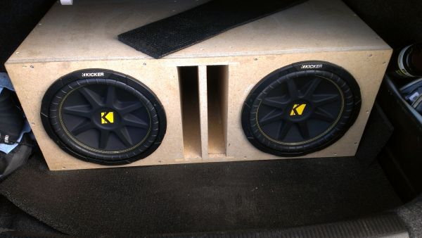 Kicker comp 12 inch subs for trade - $120