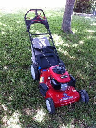 TROY-BILT SELF-PROPELLED 4-SPEED PUSH MOWER, BRAND NEW MINT CONDITION KERR - $250 (KERRVILLE, TX)