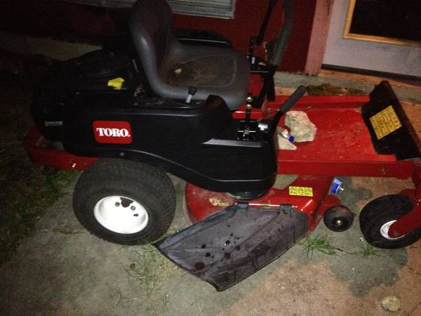 Zero turn toro riding lawn mower and haulmark in closed trailer - $4500 (Southwest)