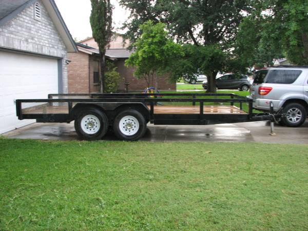 TRADE OR SALE ( 7.5 x 20 ) Utility trailer w rs . Good Conditions (Nw)