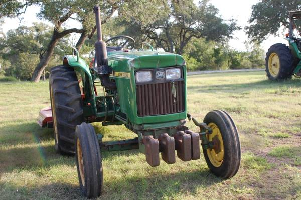 john deere 950 with rhino shreder  - $5400 (new braunfels)