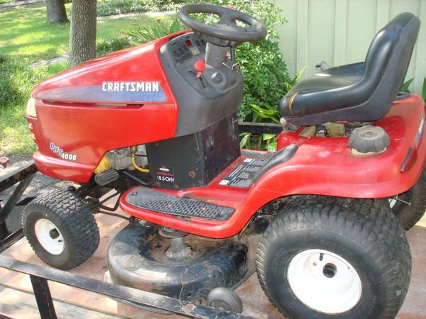 42 Craftsman DYT 4000 Riding mower 18.5hp Intek - $500 (San PedroLoop 410)