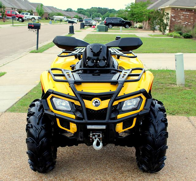 2 150  Can Am Outlander 800R XT power steering 735miles
