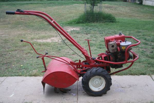 8HP Troy Bilt Horse Tiller - $250 (Big Wells. TX)