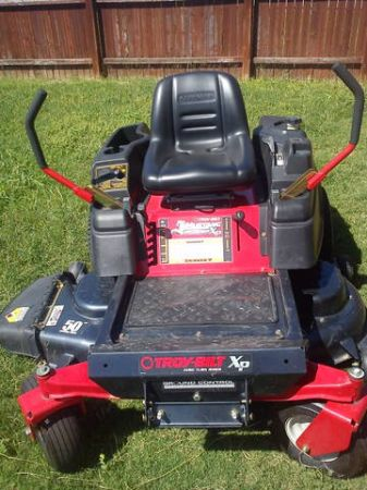 Troy Bilt Zero Turn Mower 50 w 3 year warrantee - $1900 (San Antonio, Texas)