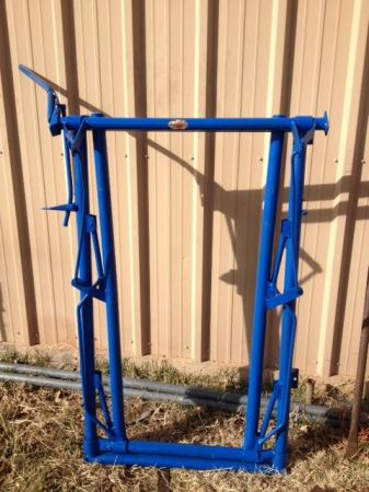 Preifert Headgate - $300 (Oplin (SE of Abilene))