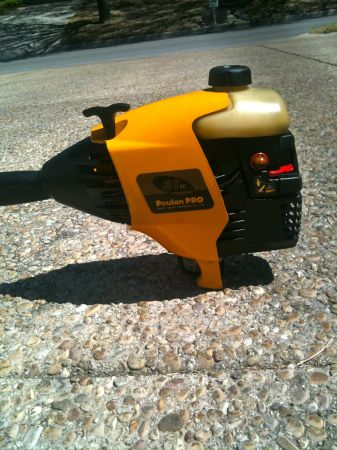 Snapper 11.5 hp. 28 riding Mower Poulan trimmer (NW 78228)