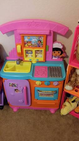 Dora the Explorer kitchen -   x0024 50  NW San Antonio