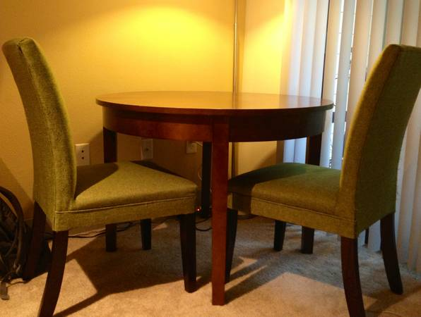 World Market Dining Table and 4 Chairs - $300 (Colonnade, San Antonio)