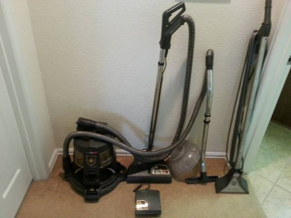 Rainbow Vacuum Cleaner E2 with Shoo attachments - $275 (Near Helotes )