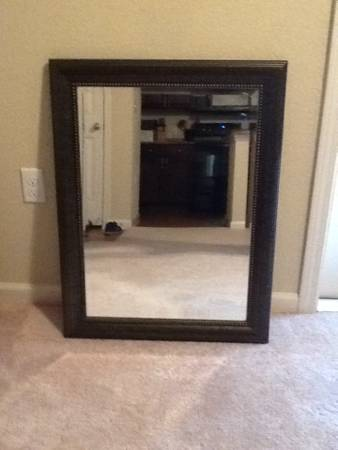 Mirrors,Marilyn Monroe,cross,picture frames (San Antonio)
