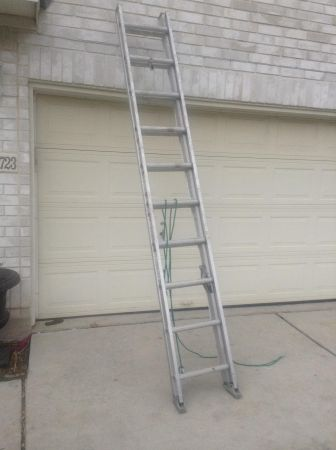 Werner 20 ft. Aluminum Extension Ladder 225 lb. Load Capacity - $100 (NC-San Antonio )