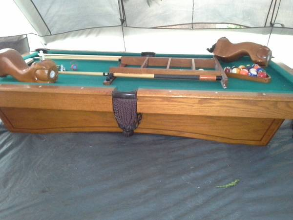 pool table - $800