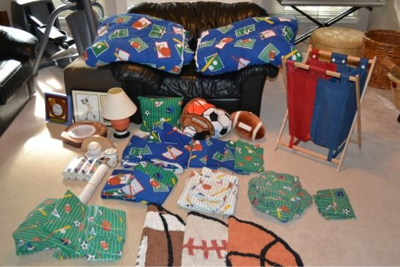 Boys 35 piece bedding and room decor set - sports theme - $160 (Schertz, N.E. San Antonio)