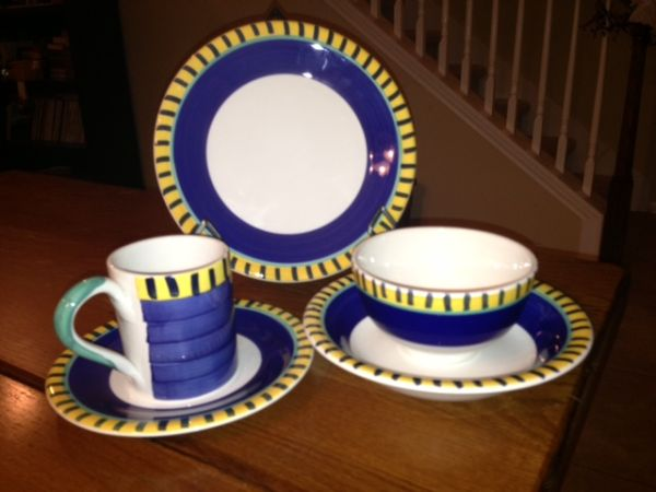 Dishes - Pier 1 8 5-piece place settings - $250 (1604 Bandera)