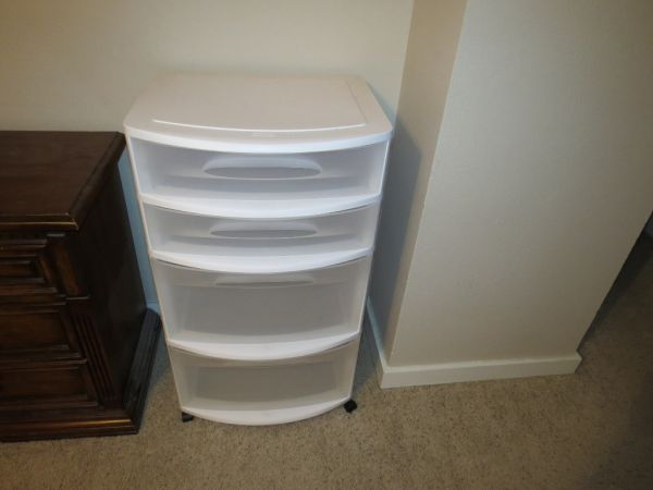Sterilite 4 drawer plastic rolling storage cart - $25 (North Central)