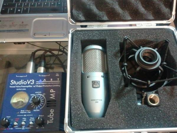 akg perception mic w extras - $300 (san antonio)