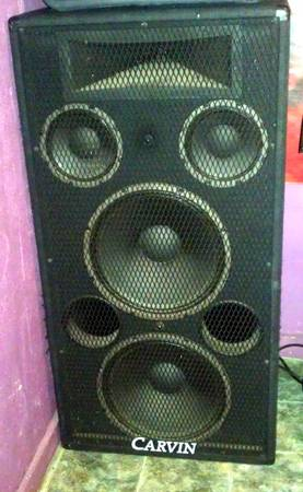 Carvin 1588 Dual 15 3-way speakers - $500 (Devine)