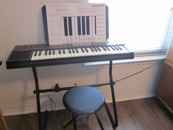 Casio Casiotone CT 320 Keyboard - $150 (Converse, Texas)