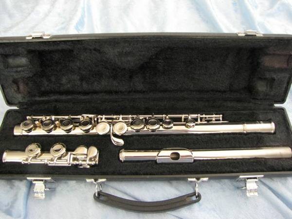 Yamaha flutes and piccolo for sale--cleaned, polished and serviced