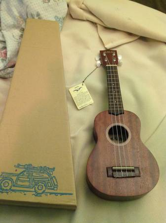 Authentic Hawaiian ukulele bought n made in Hawaii - $50 (Madison highschool)
