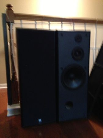 JBL G400 speakers - $80 (1604Blanco)