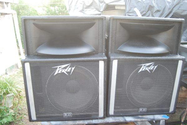 Peavey SP-2A speakers - $385 (southwest san antonio)