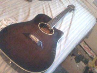 bently acoustic guitar model 5135 - $70 (Downtown San Antonio)