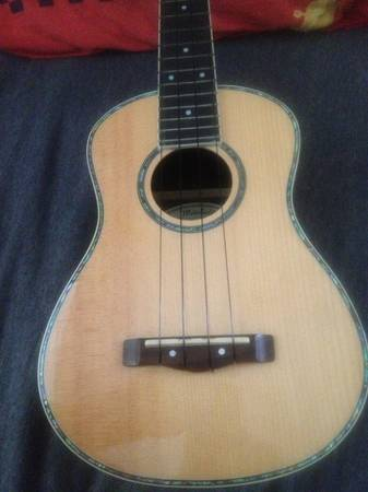 Mitchell MU-70 Ukulele - $30 (North East SA)