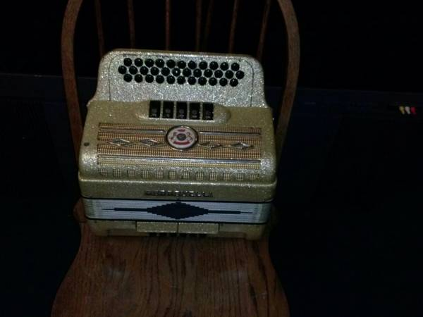 Gabbanelli Accordion - $2000 (west side)