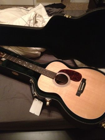 Martin Acoustic Guitar 000-MMV - $1000 (NW Side)