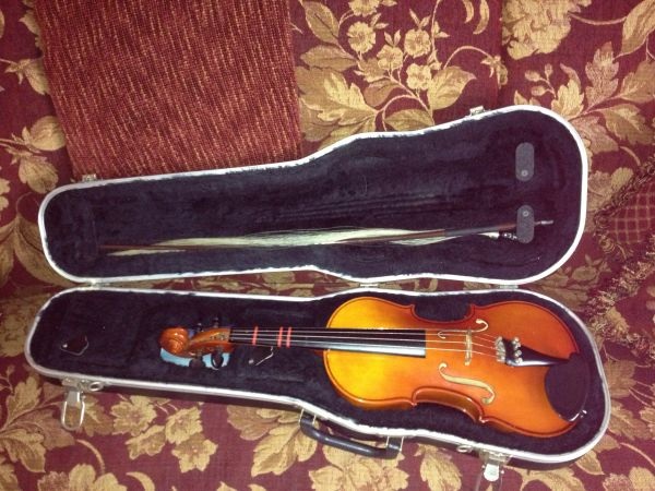 Violin -Student K Becker 101 34 - $125 (Alamo Heights)
