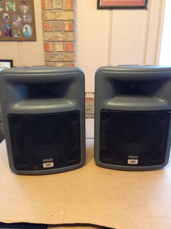 PEAVEY Powered Speakers - $295 (Kerrville)
