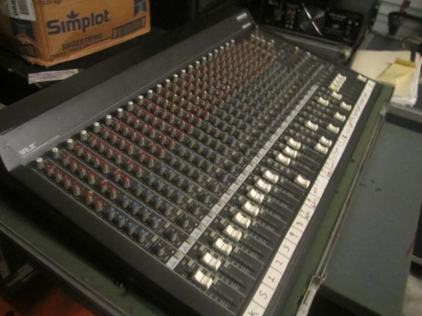 Mackie 24-4 VLZ with Road Case - $275 (Cibolo)
