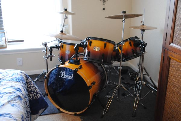 Pearl Export ELX Drum Kit w Zildjian ZXT cymbols(Price Reduced) - $550 (La Cantera)