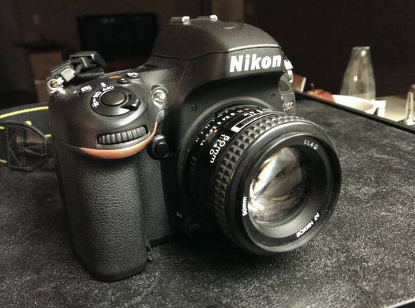 Nikon D600 Body - Like New - $1480 (Thousand Oaks)