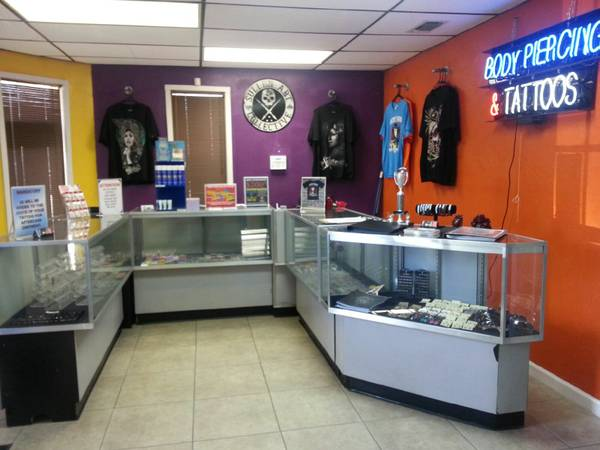 Looking to Hire Tattoo Artist s and Body Piercer s  Seguin TX