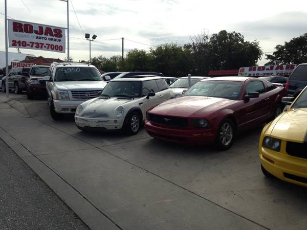 CAR SALES LOOKING FOR SALES PERSON (718 W HILDEBRAND ( ROJAS AUTO GROUP)