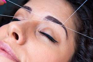 eyebrow threading only $7 (5751 EVERS INDIA STORE)