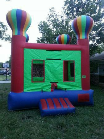 MOONWALK PARTY RENTALS (SAN ANTONIO SURROUNDING AREAS)